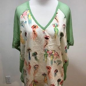 Size L. Whimsical top. EUC.